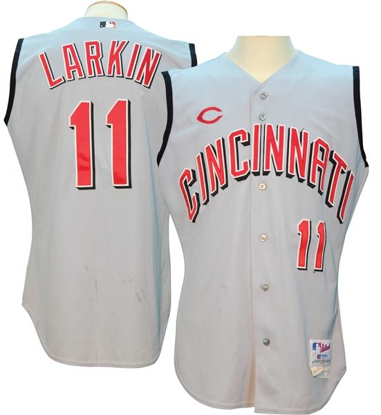 lowest price dbd75 31271 Lot Detail - 2003 Barry Larkin Cincinnati Reds Game Used ...