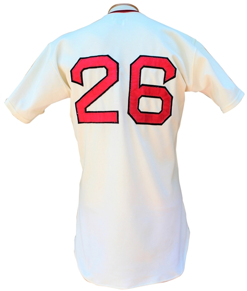 Lot Detail - 1975 REGGIE CLEVELAND BOSTON RED SOX GAME USED