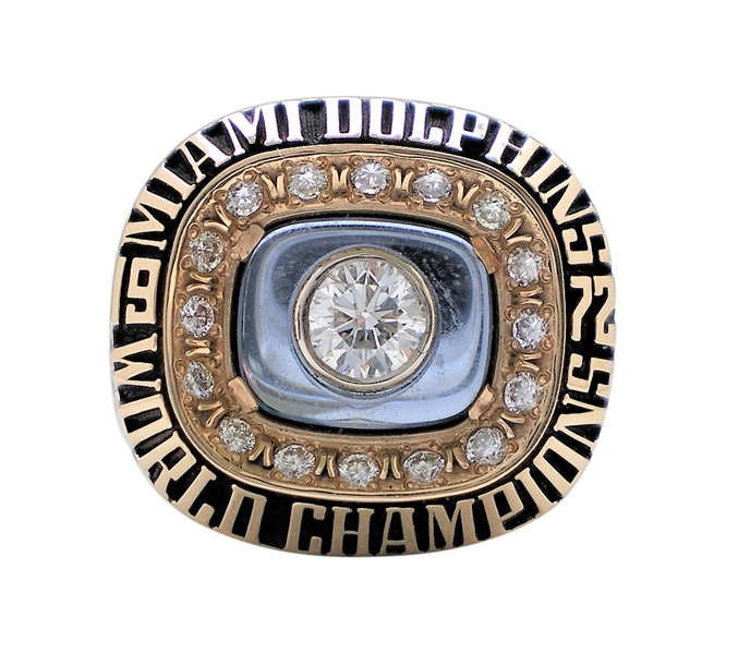 1972 MIAMI DOLPHINS PLAYER RING FROM UNDEFEATED SEASON SUPER BOWL RING