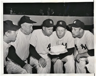 MICKEY MANTLE HELPS CELEBRATE TEAMMATES BIRTHDAY ORIGINAL 1954 TYPE I PHOTO PSA/DNA LOA